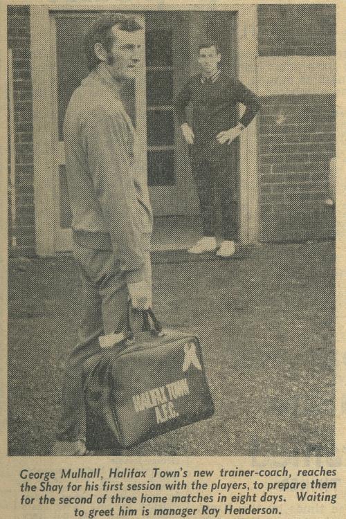 1971-72 Mulhall arrives as coach 18 Oct 1971.jpg