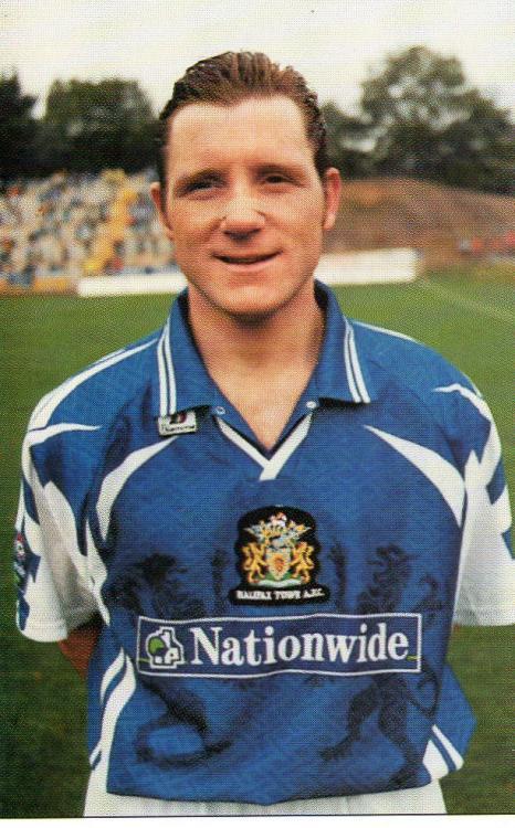 1998-99 (Card 12) Jamie Paterson 1.jpg